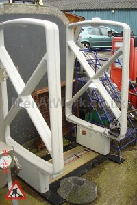 Metal detector barrier - Security metal detector barrier