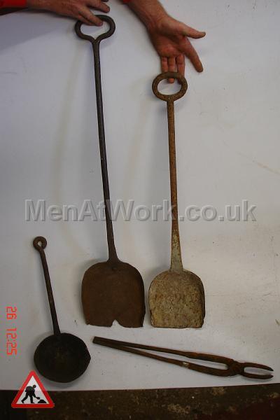 Metalwork tools - Shovels