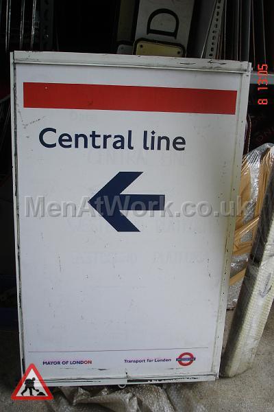 Information underground signs - Sign- central line