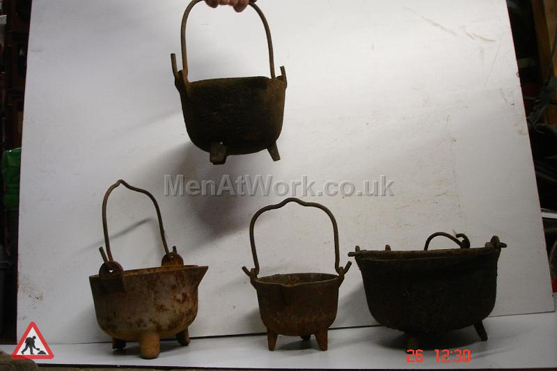 Blacksmith Smelting Pots - Smelting Pots