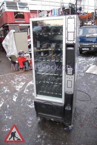 Vending machine- snacks - Snacks vending machine