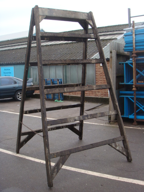 Large Wide Framed Trestles - Step ladder – Wide Frame (2)