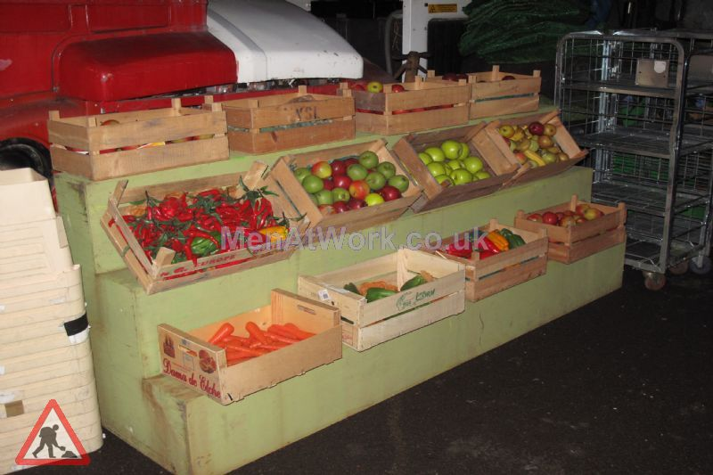 Market Stall - Stepped display (5)