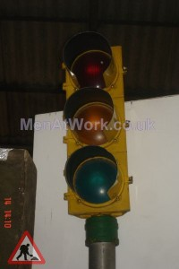 Traffic Light - Mounted