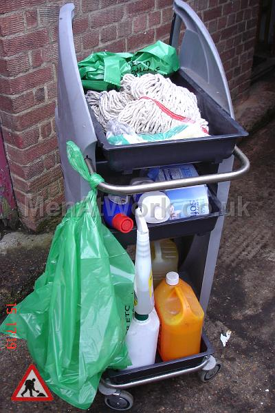 Cleaning Trolley - Trolley with dressing