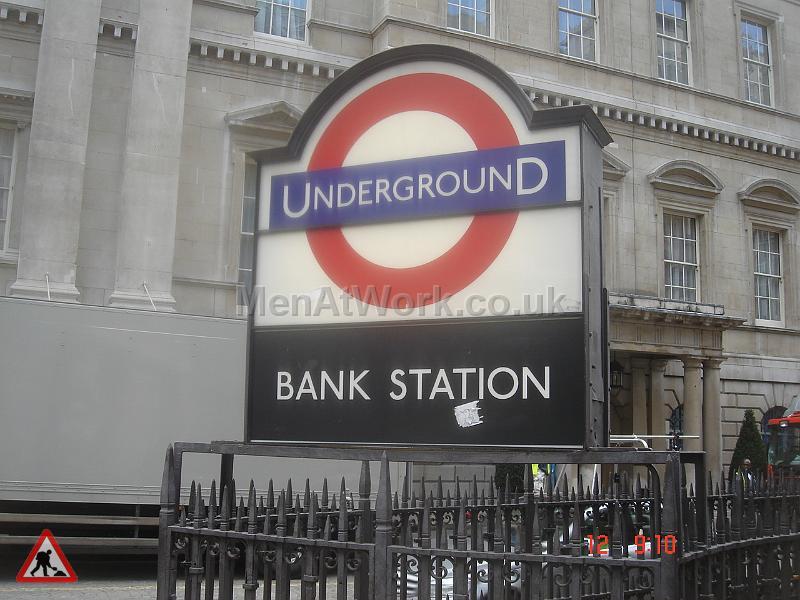 Underground props- references - Underground- Bank station