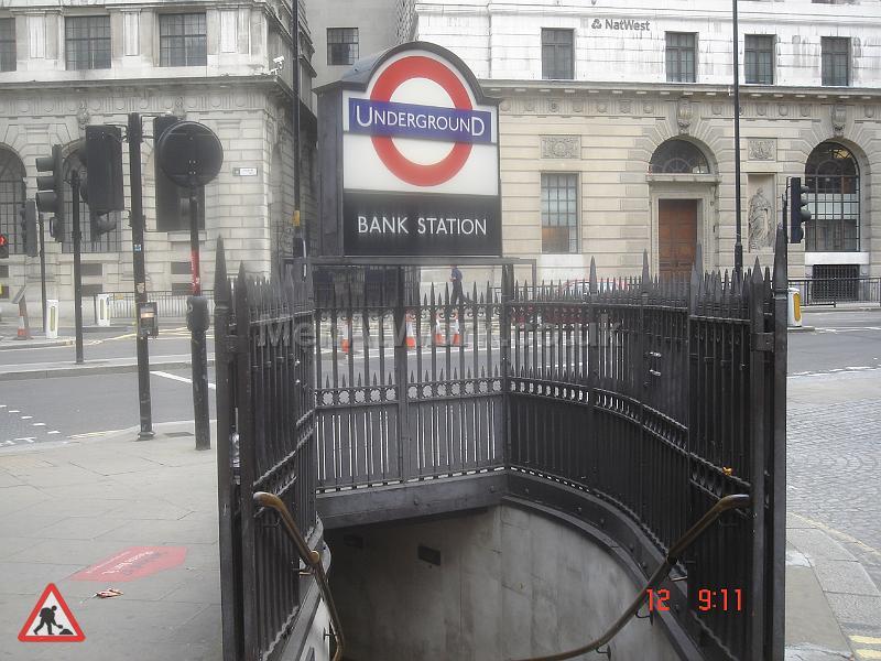 Underground props- references - Underground- Bank station2