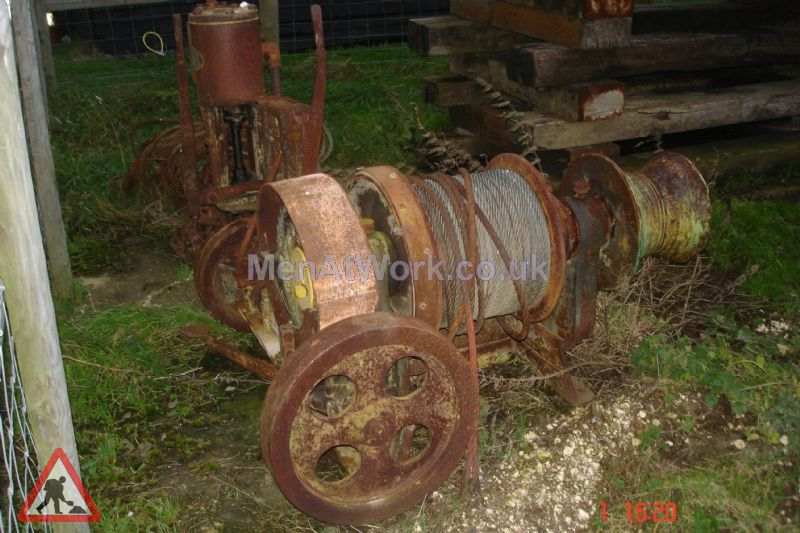 Winch with cable - Winch with cable
