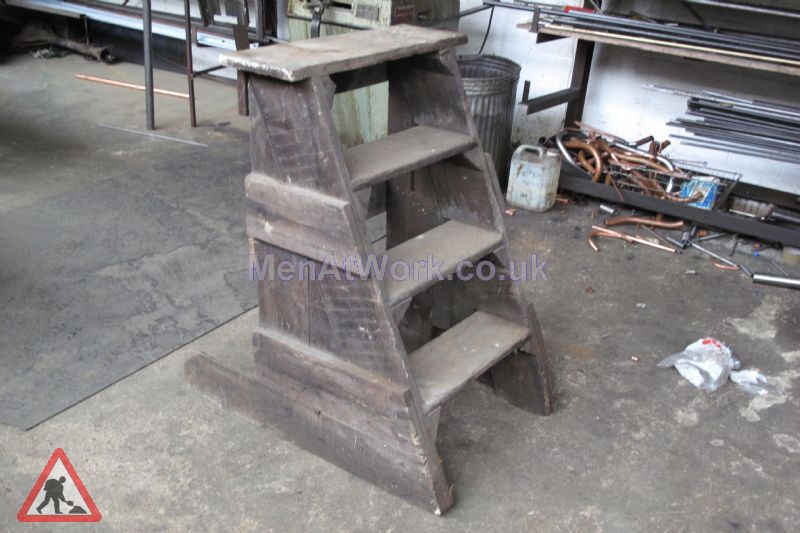 Wooden Box Steps - Wooden Horse Step (3)