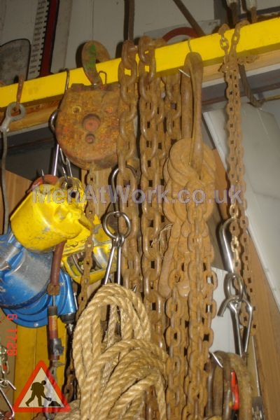 Block and Tackle – Chains - block and tackle (2)
