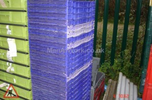 Plastic creates various - bread baskets and plastic crates (13)