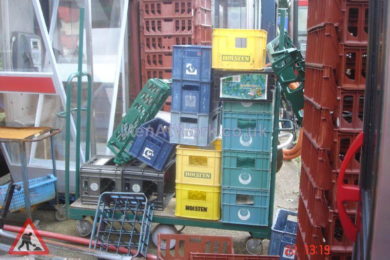 Plastic creates various - bread baskets and plastic crates (5)