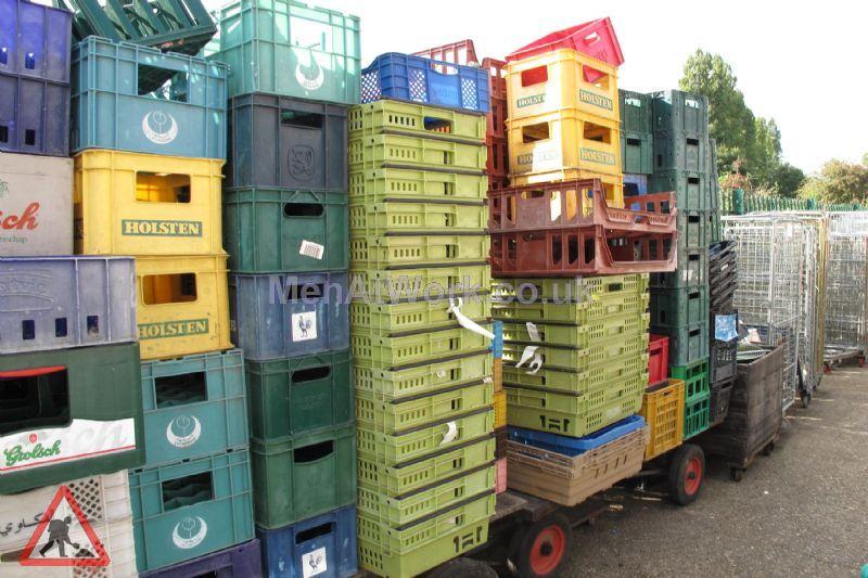 Plastic creates various - bread baskets and plastic crates (7)