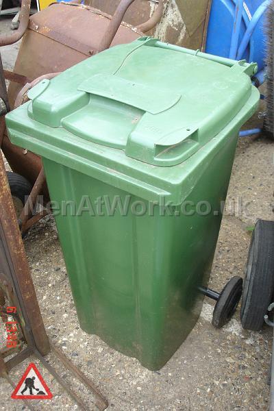 Domestic Wheelie Bin – Green - domestic wheelie bin (9)
