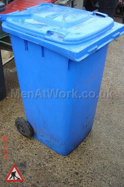 Domestic Wheelie Bin – Blue - domestic wheelie bin