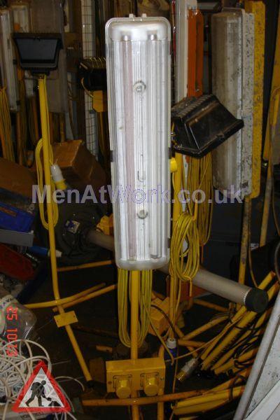 Fluorescent Tube Light Stands - fluorescent tube light on stands