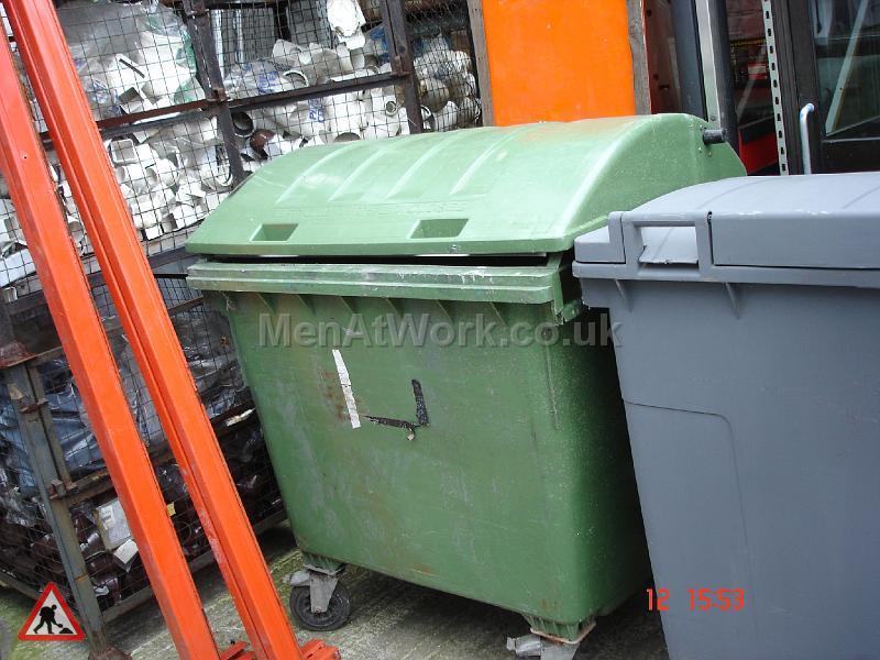 Industrial Bins Green - industrial bin green (3)