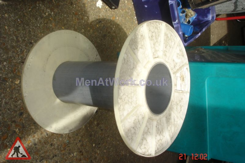 Cable Drums - medium cables and drums (2)