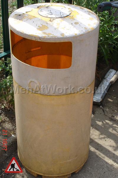 Street Bins various - street bin faded
