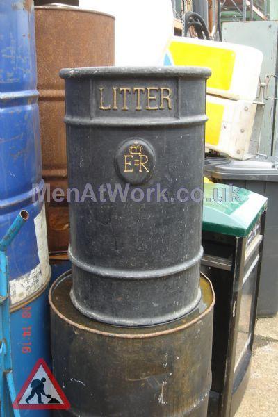 Street Bin – Round - street bins black (4)