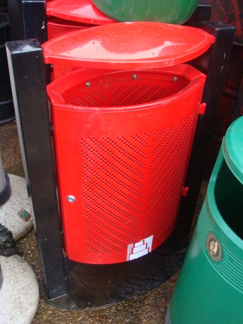 Street Bins various - street bins – red (3)