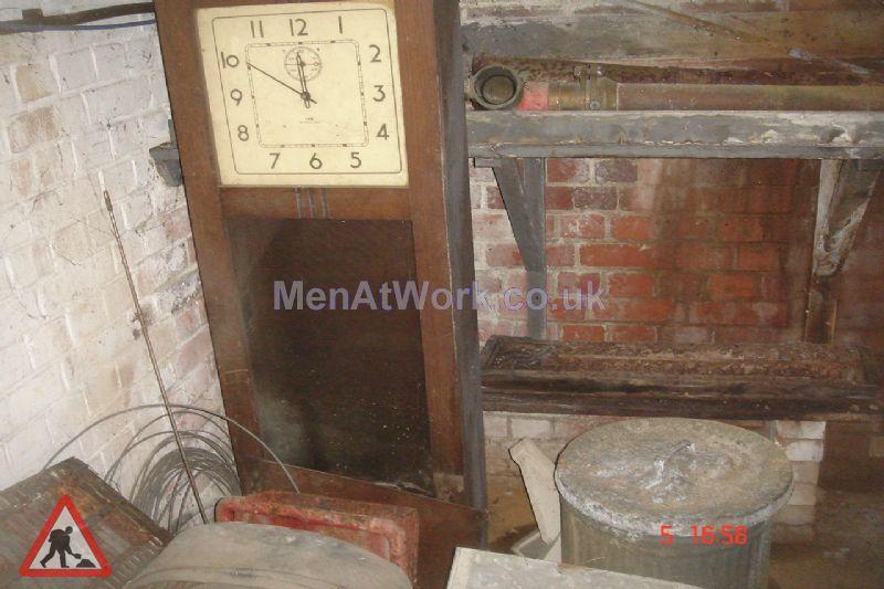 Wooden Clock In Machine - woodern clockin