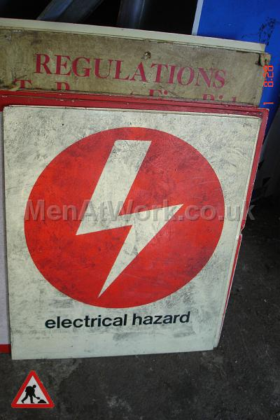 Period 1970's Health and Safety Signs - 1970s Health and Safety Signs (9)