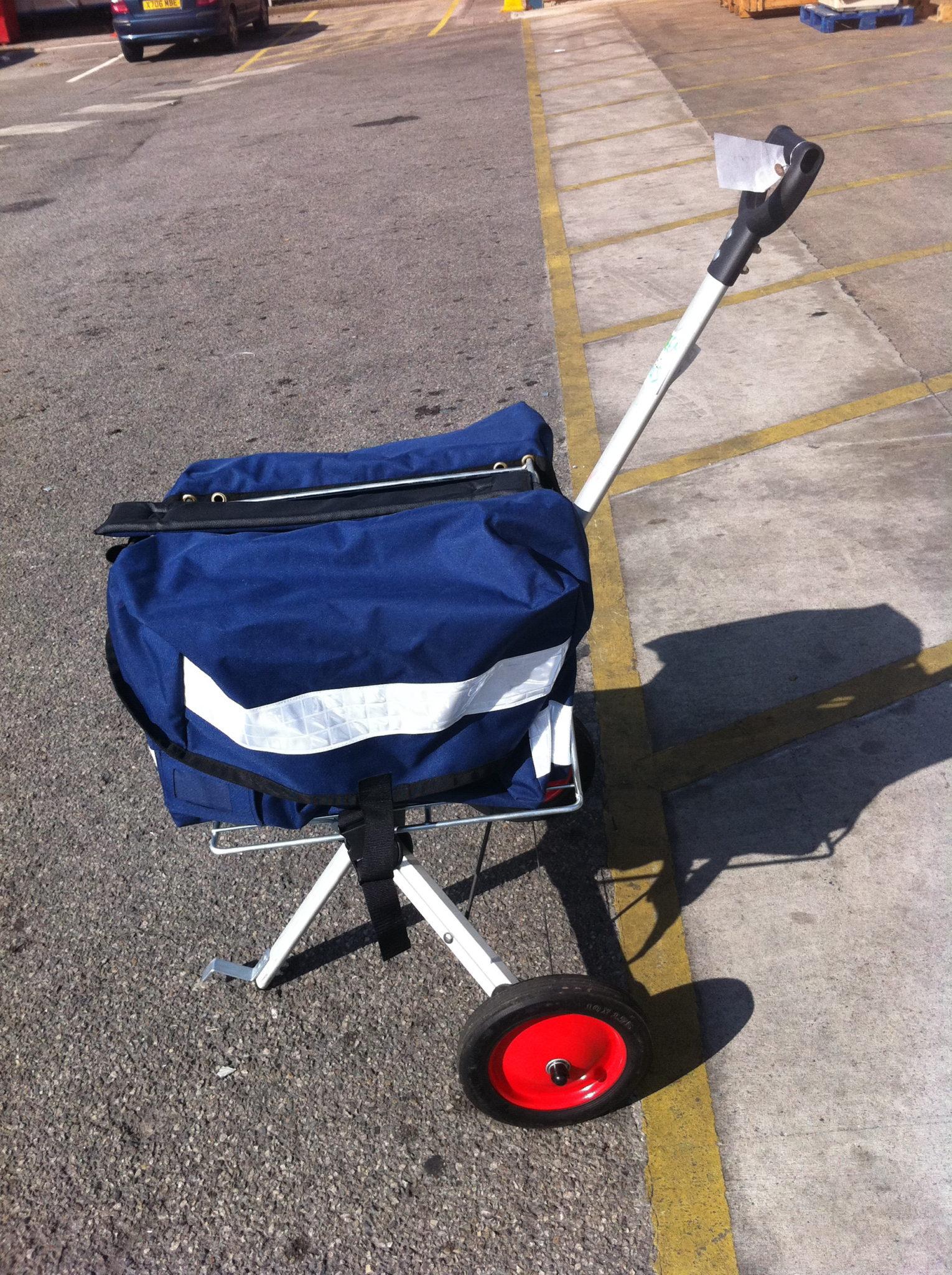 Blue post trolley - Blue post trolley