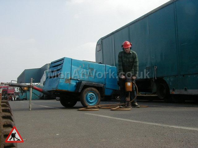 Breakers - Breaker and Compressor