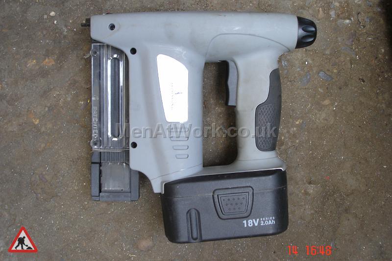 Hand Tools Electric - Cordless Stapler