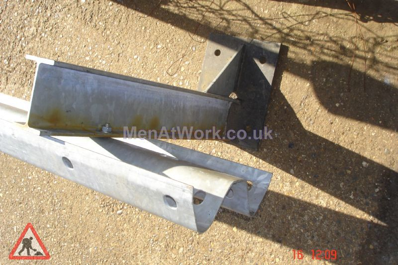 Barrier - Crash Barrier Leg