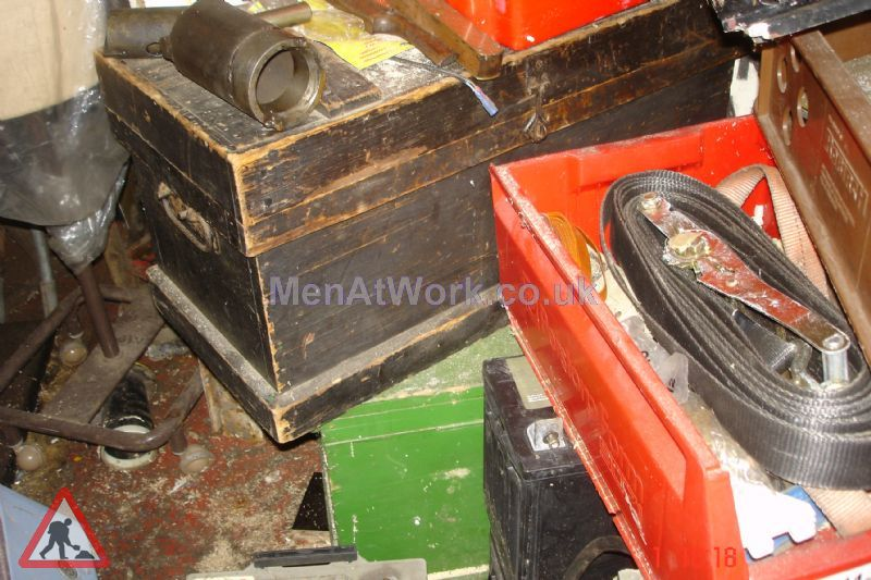 Wooden Tool Chest - Dark Wooden Tool Chest (2)