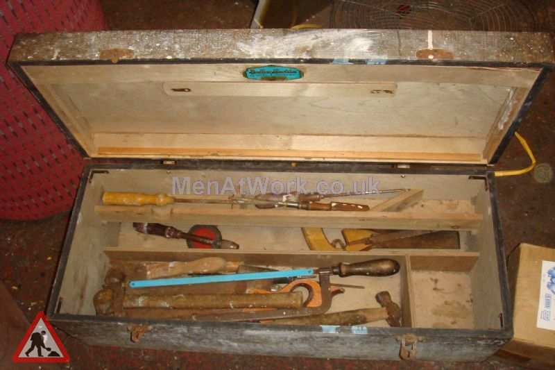 Wooden Tool Chest - Dark Wooden Tool Chest (3)