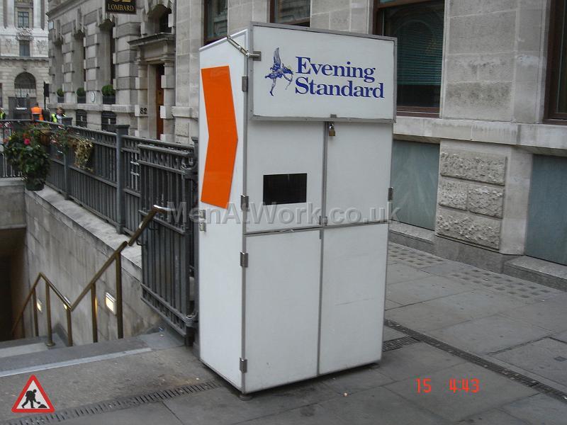 Evening Standard News paper Stand - Newspaper Stall Front