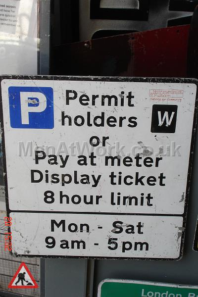 Parking Signs and Pay & Display - Parking Signs and Pay and Display (22)
