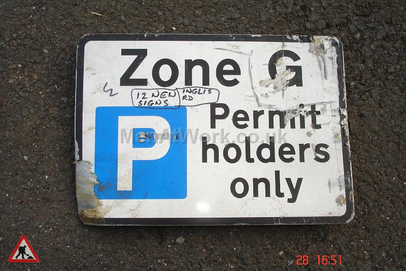 Parking Signs and Pay & Display - Parking Signs and Pay and Display (29)