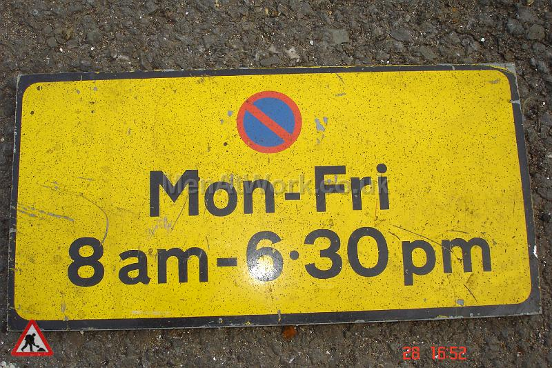 Parking Signs and Pay & Display - Parking Signs and Pay and Display (30)