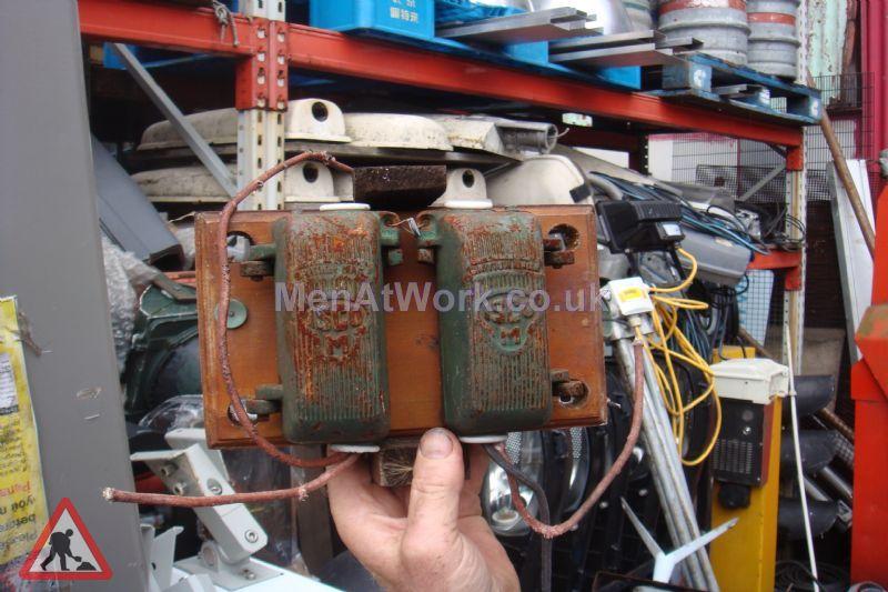 Period – Electrics & Control Units - Period – Electric Units & Controls (9)