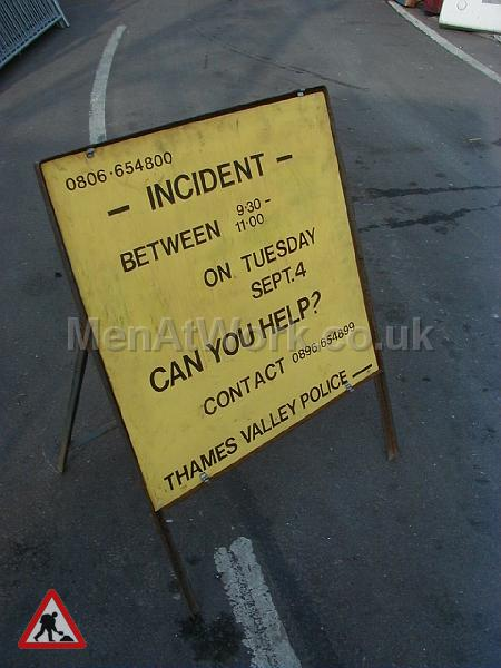 Police Accident Sign – Can you help - Police sign 3