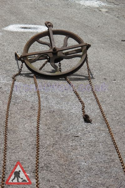 Pulley Wheel And Chain - Pulley Wheel (2)