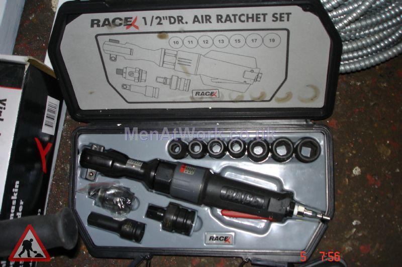 Race mechanic tools - Race Mechanic Air Ratchet Set