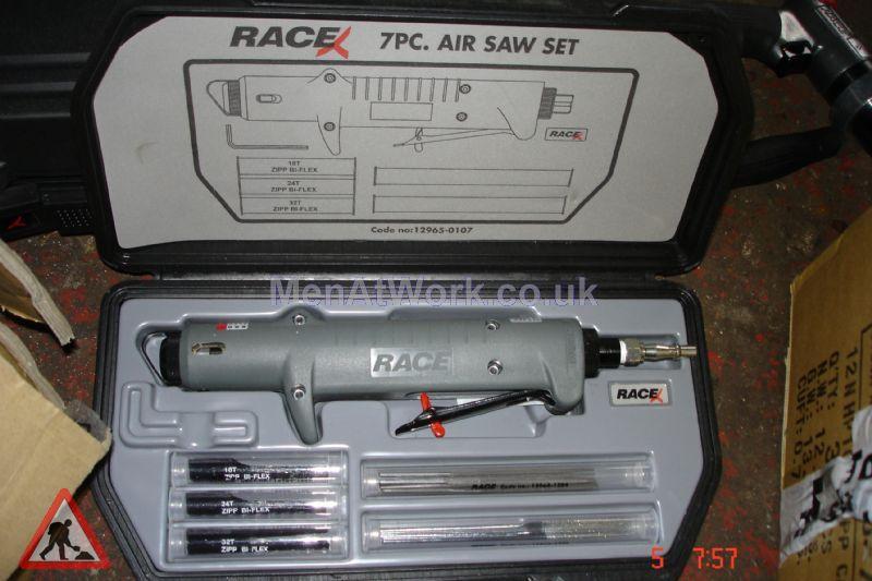 Race mechanic tools - Race Mechanic Air Saw