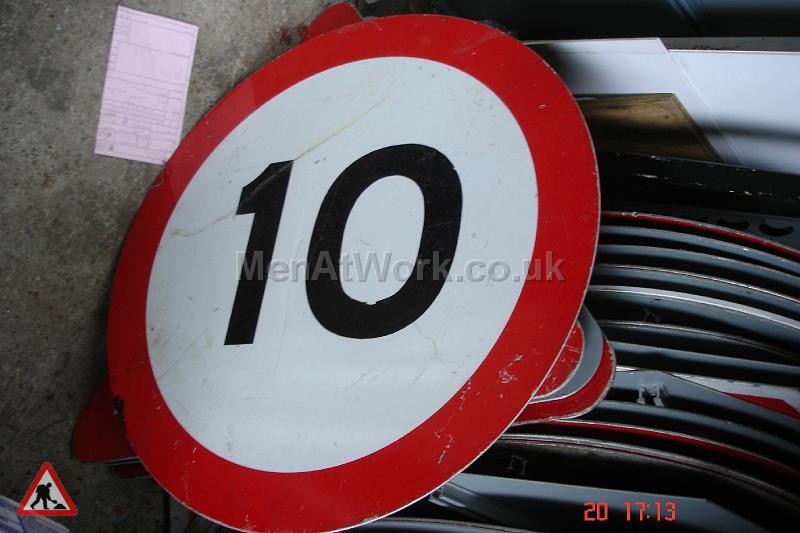 Road Signs – Circle Various - Road Signs – Circle (8)