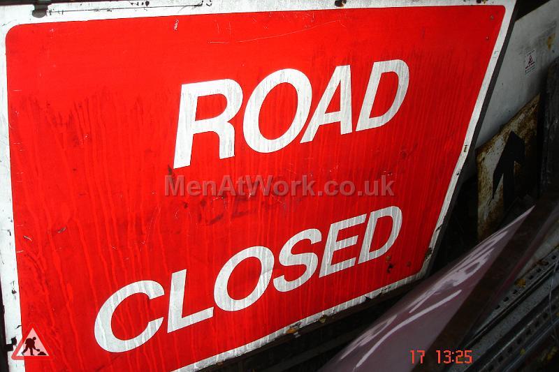 Road Signs – Street dressing - Road Signs – Street