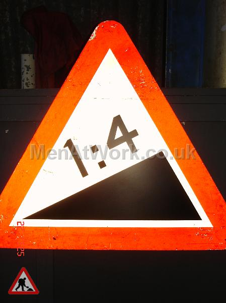 Road Signs – Triangle Warning Signs - Road Signs – Triangle Warning (14)