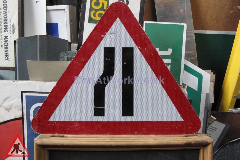 Road Signs – Triangle Warning Signs - Road Signs – Triangle Warning (2)