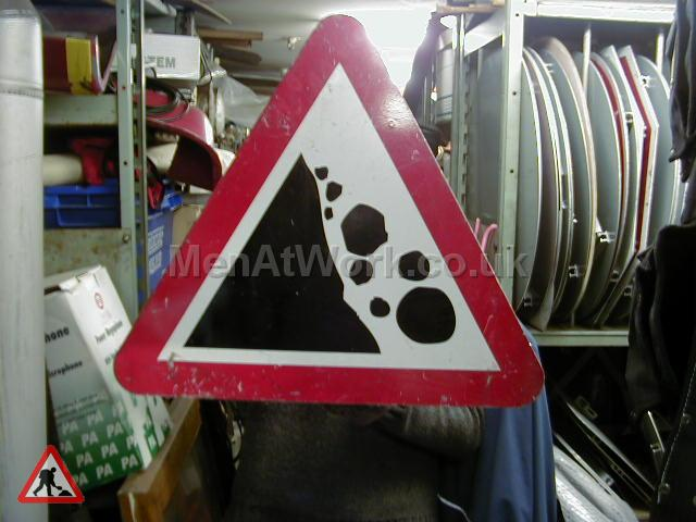 Road Signs – Triangle Warning Signs - Road Signs – Triangle Warning (26)