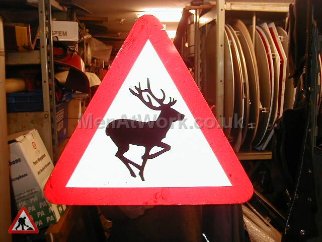 Road Signs – Triangle Warning Signs - Road Signs – Triangle Warning (30)