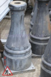 Street Lantern Pole and Hook - Street Lantern Pole and Hook (3)