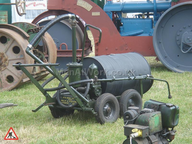 Period Tar boilers & sprayers - Tar Sprayer